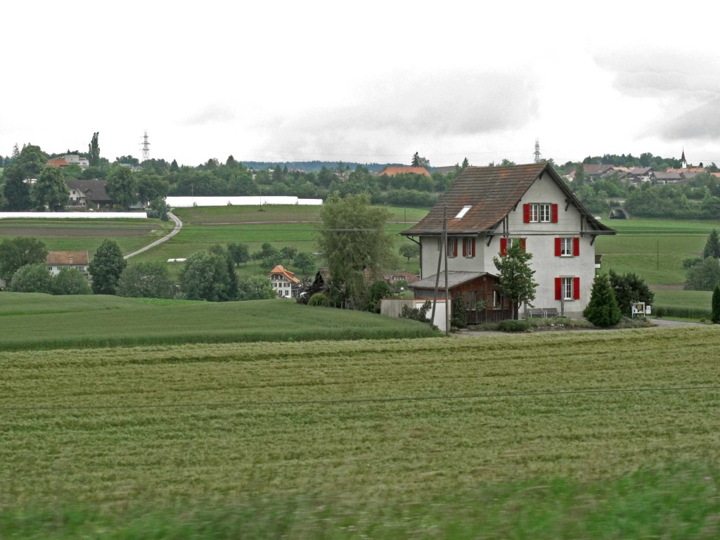 B-07-1-A-single-house-in-the-fields